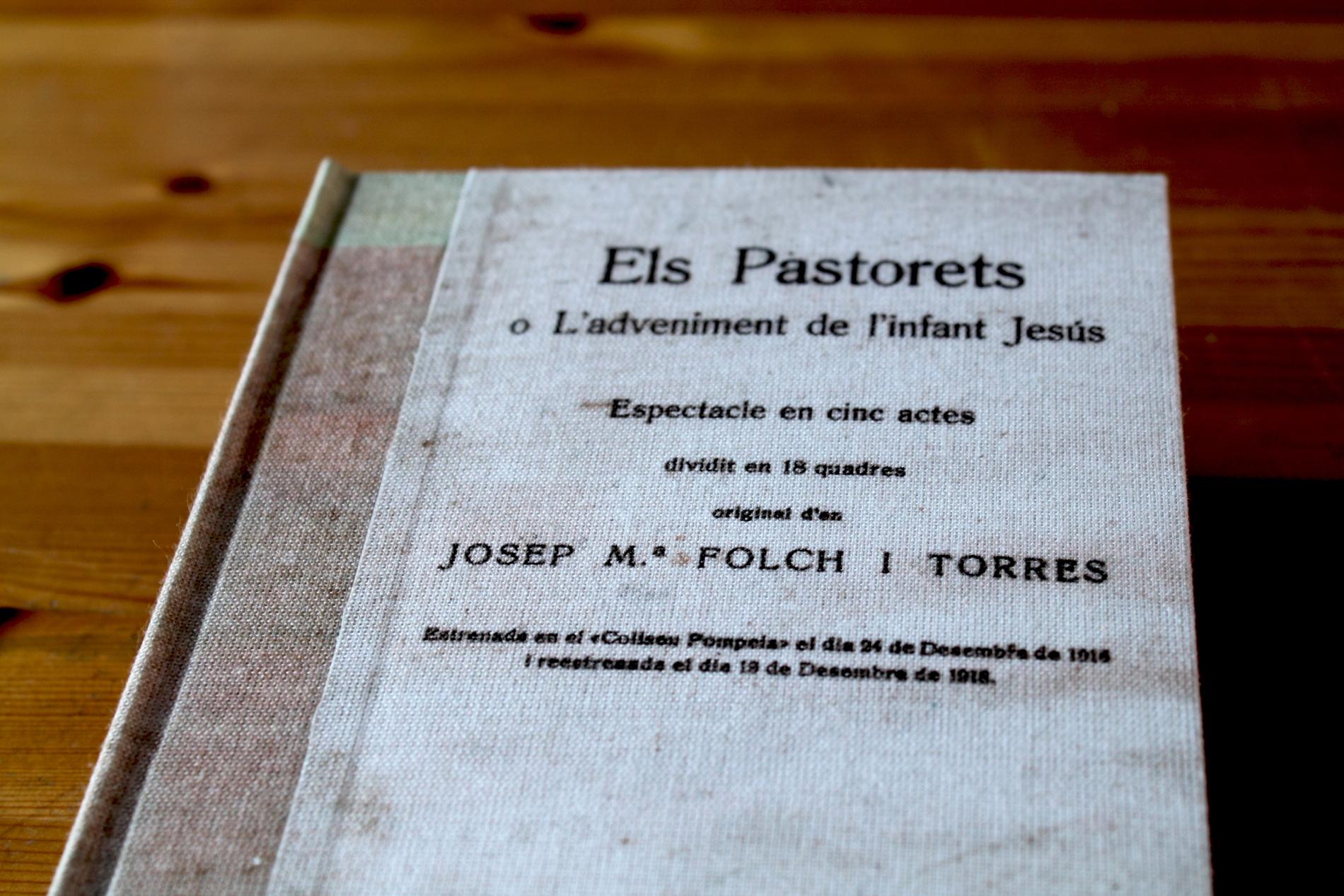 Restauració de llibre antic (2)-w